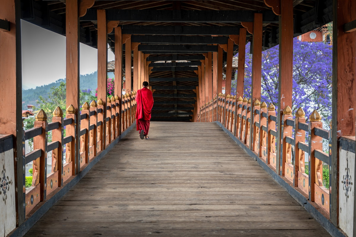 the attraction of visiting temples in Bhutan